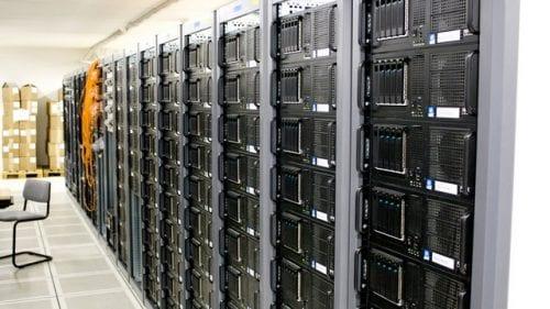「レンタルサーバーを借りる」とは?手順・方法や費用は?