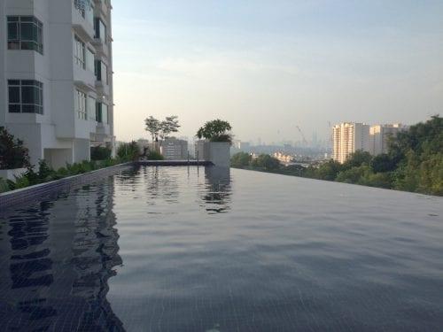 マレーシア・クアラルンプールのプール付きコンドミニアムの驚き家賃とは?